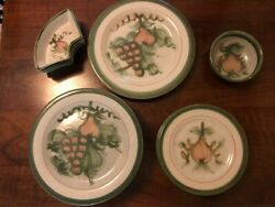 Louisville Stoneware Harvest Pear Variety Of Dishes 18 Pieces