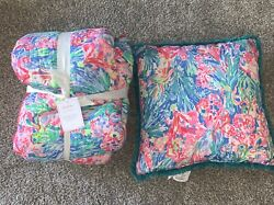 Nwt Lilly Pulitzer Pottery Barn Fan Sea Pants Queen Quilt Decorative Pillow Set
