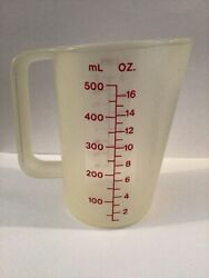 Vintage Tupperware 2 Cup 16 Oz Measuring Pitcher Red Lettering
