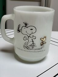 Snoopy And Woodstock Anchor Hocking Milk Glass Mug At Times Life Is Pure Joy 1965