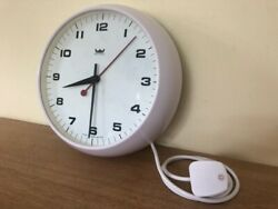 Lovely Vintage Smiths Astral White Bakelite Wall Clock. Fully Working Condition