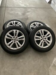 2021 Toyota Sienna Xse Awd 18x7.5 Oemoriginal alloy Wheels And Tires.