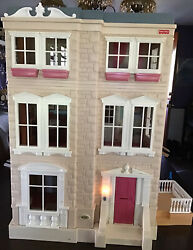 Vintage Fisher Price Mattel Doll House Lights And Sounds Townhouse 2000 Toys