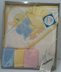 Silly Phillie Creations Vintage 1986 Embroidered Duck Hooded Towel And Washcloths