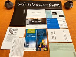 2018 Chrysler 300 300c Owners Manual User / Quick Gude Limited Touring S Awd Fst