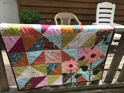 Daisy Patch Wall Hanging Quilt