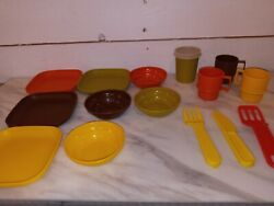 Lot Vintage Tuppertoys Miniature Tupperware Toy Dishes Mugs Cups