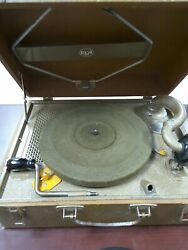 Vintage Rca Victoria Hand Crank Portable Phonograph 78rpm Record Player In Case