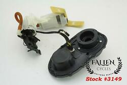 2010 Harley-davidson Dyna Fuel Gas Pump And Top Plate 75243-04b 7000 Miles Video