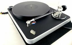 Clearaudio Concept Turntable With Upgraded Virtuoso Phono Cartridge