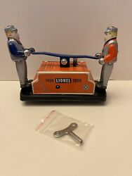 Schylling Lionel Trains 1900 - 2000 Hand Car Wind Up W9 Key Sleeve And Tin New