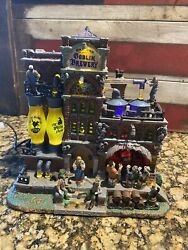 Lemax Spooky Town Grinning Goblin Brewery- In Box