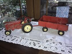Vintage Ertl International Harvester Tractor With Wagon And Hay Rake Farm Toy Red