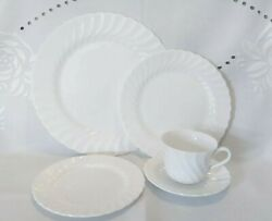 40 Piece Set Wedgwood Candlelight White Complete Service For 8 Plate Saucer Cup