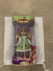 The Muppets Miss Piggy Retro Collection 7 Porcelain Doll Brass Key Keepsakes