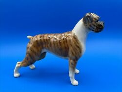 BESWICK ENGLAND FIGURINE OF A BOXER DOG quot;BLUE MOUNTAIN GRETAquot; RETIRED IN 1989