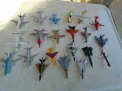 Lot Of 21 Vintage Matchbox Airplanes And Helicopters