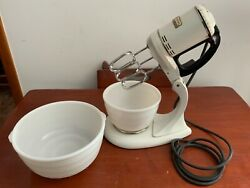 Vintage General Electric 149m8 Triple Beater Stand Mixer W/ 2 Bowls Works