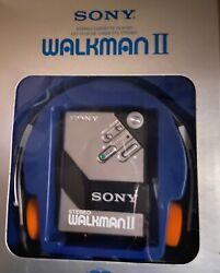 Vintage Sony Walkman Ii -new In Box -with Headphones- Perfect Condition