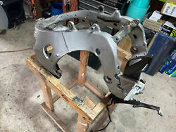 2008-2011 Honda Cbr1000 Cbr 1000 Rr Main Frame Chassis Stunt Track Only Salvage