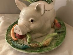 Fitz And Floyd French Market 4 Qt Soup Tureen Pig With Lid Underplate And Ladle