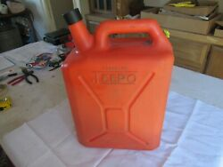 Vintage Rare Usable 3 1/2 Gallon Jeepo Plastic Jerry Style Gas Can Lot 21-83-1