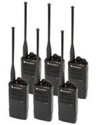 6 New Motorola Rdu4100 Radios And Chargers And Belt Clips 10 Channel 4 Watt Uhf