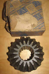 Nos 42 43 44 45 46 Chevrolet Chevy Truck Differential Side Gear 3661874