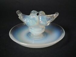 Renandeacute Lalique Opalescent Glass And039deux Colombesand039 Cendrier Ashtray
