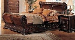 Traditional Queen Sleigh Bed 2pc Bedroom Set