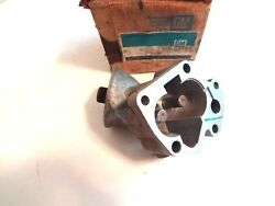 Nos 1968-1976 Cadillac V8 Oil Pump Housing, Dated 1968 And In The Old Gm Box