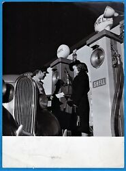 Vintage Photo Car At Shell Gas Station By Gullers Stockholm Sweden Foto Ca 1940