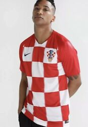 Men's Nike 2018 World Cup Croatia Home Soccer Jersey Red White 893865 657 Sz S