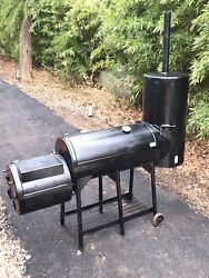 Smoker Bbq Grill From New Braunsfels Smoker Company In Excellent Condition