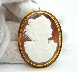 Ladies Vintage 14k Yellow Gold Lady Cameo Pendant / Brooch. 55mm X 43mm