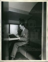 1944 Press Photo Seats Convert for Privacy on Liberator Liner Vultee Aircraft