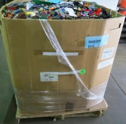 730 LBS Pounds of assorted Lego FREE SHIPPING
