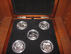 2013 O Canada Set 99.99 Pure Silver 25 1 Ounce Coins5 Coins With Wooden Box