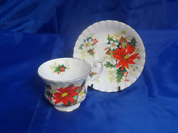 Vtg Royal Albert Footed Cup And Saucer Set Yuletide Fluted And Ribbed