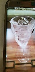 Stunning Pre-owned Lalique Martinets Frosted Crystal Vase Signed W/label
