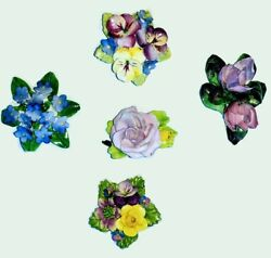 Collection of 5 vintage fine bone china brooches. Inc. 1x Adderley