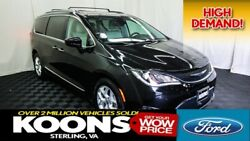2017 Chrysler Pacifica Touring L Plus 2017 Pacifica **ADVANCED SAFETY GRP. BLIND SPOT BACK CAMERA**