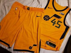 Donovan Mitchell 2017-18 Utah Jazz Authentic Pro Cut Rookie Game Jersey And Shorts