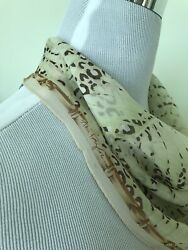 100% Silk Ann Taylor Designer Scarf Excellent Condition Bamboo Palm Leaf Ivory