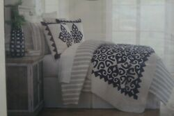 Nwt 269. Southern Living Mirabella Quilt Mini Set King Quilt And 2 Shams