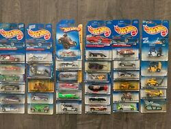 Older Hot Wheels Lot Of 34 Different Vehicle Mix All Packaged L@@k C-110