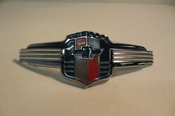 Nos 1942 42 Chevrolet Chevy Special Deluxe Grill Hood Emblem Ornament Badge Logo