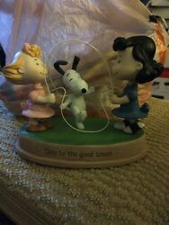 New Snoopy Lucy Sally Peanuts Jump Rope Figurine Hallmark Skip To The Good Times