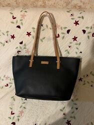 New Nautica tote bag Solid  Black Tan Handles Authentic Magnetic Clasp Lock