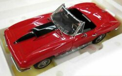 Franklin Mint Chevrolet 1967 Corvette Sting Ray 427 C2 1/12 Scale Red Vehicle